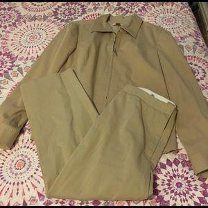 🔥30%OFF🔥EUC Nordstrom tan suit size L/10